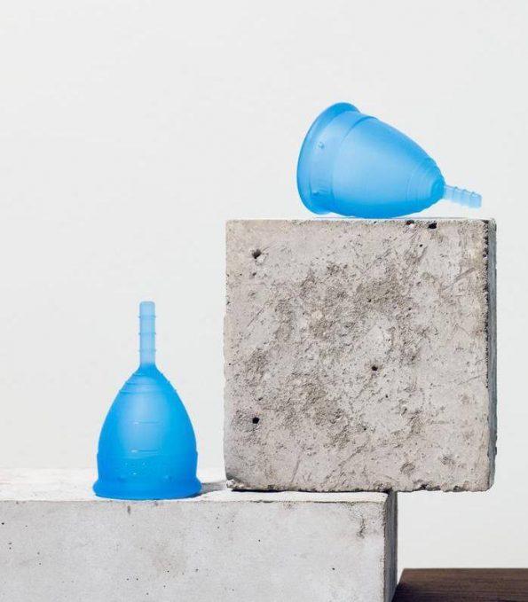 Alma de Alecrim - Loja Online - Copo menstrual Lunette Azul ambiente