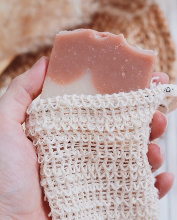 Alma de Alecrim - Sabão de barbear e depilar argila rosa e alecrim e bolsa salva sabonete